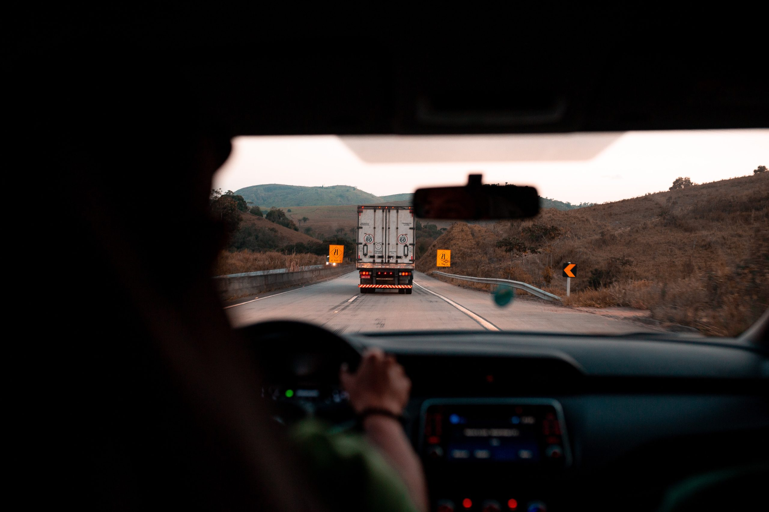 Live Undistracted — Distracted Driving Solution For Commercial Drivers